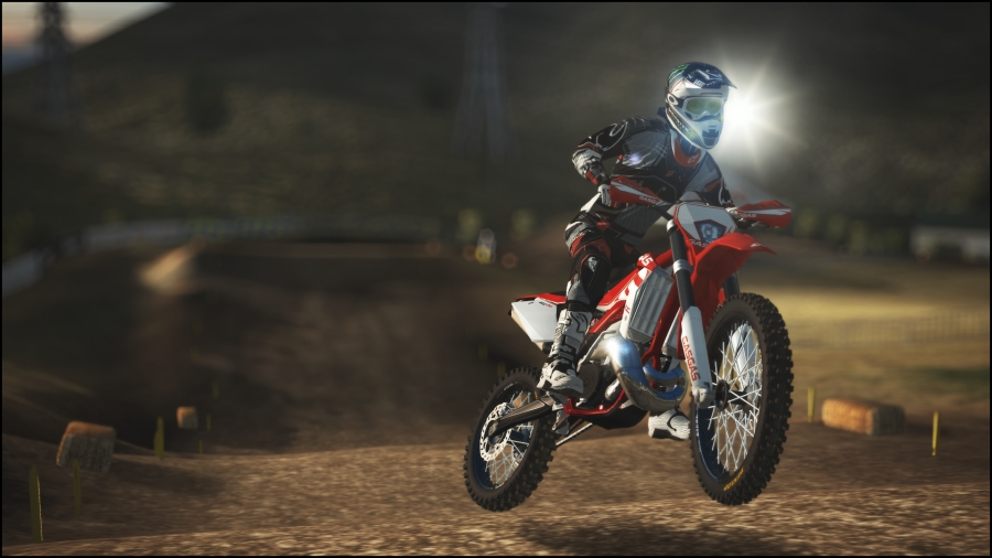 SONY PlayStation 4 - MXGP - The Official Motocross Videogame